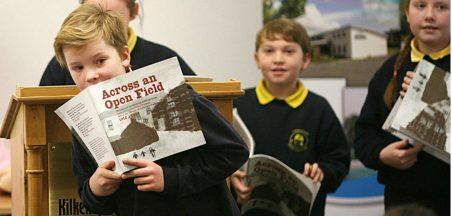 1st-irish-history-book-by-children-launch5_edit3