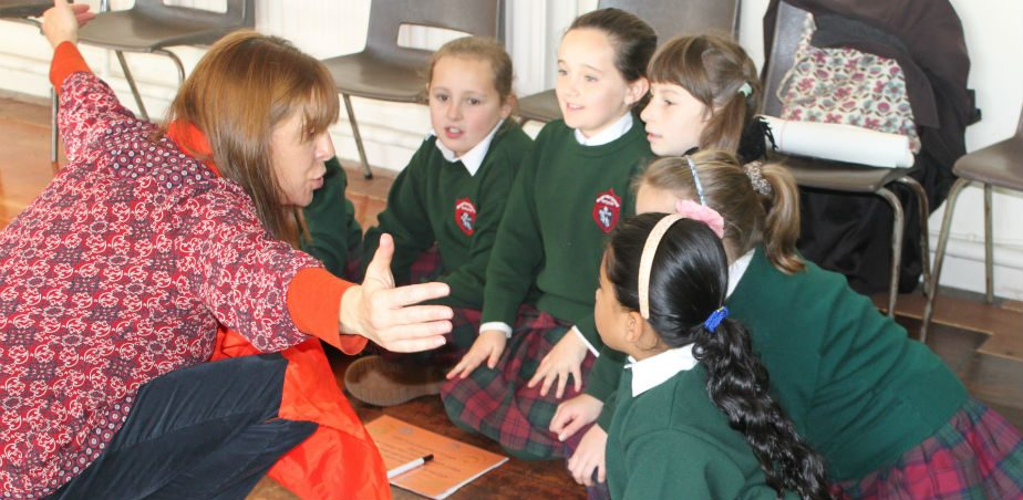 Image copyright TAP – Drama Practitioner Joanna Parkes collaborating with pupils at Sacred Heart Primary School, Portlaoise, Co. Laois as part of a TAP with Teacher Jennifer Buggy.