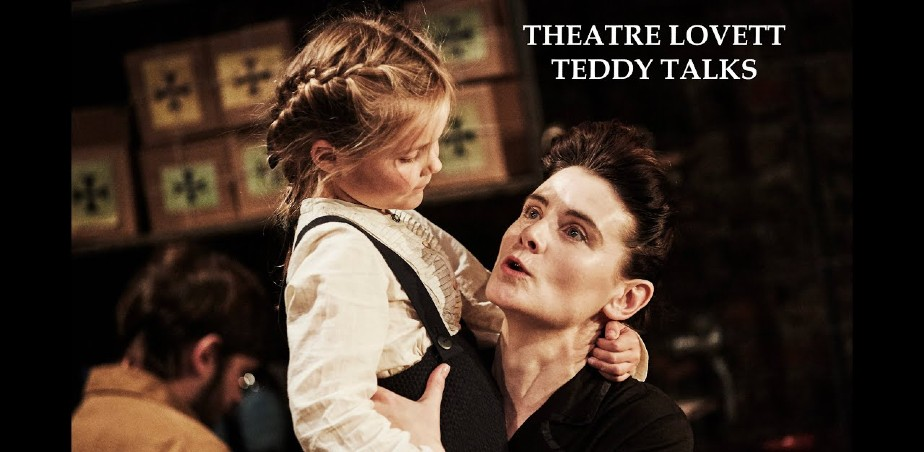 Image copyright: Theatre Lovett - Amelie Metcalfe and Michelle Moran in The True Story of Hansel and Gretel (Dublin Theatre Festival 2015) - credit Ros Kavanagh